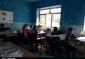 حکایت تحصیل در کلاسهای تاریک وکانکسهای بدون امکانات در پلدختر+ تصاویر