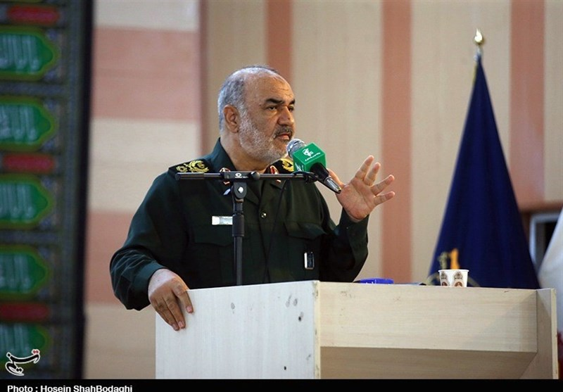 IRGC General: US Aircraft Carriers Nothing but Scrap Iron