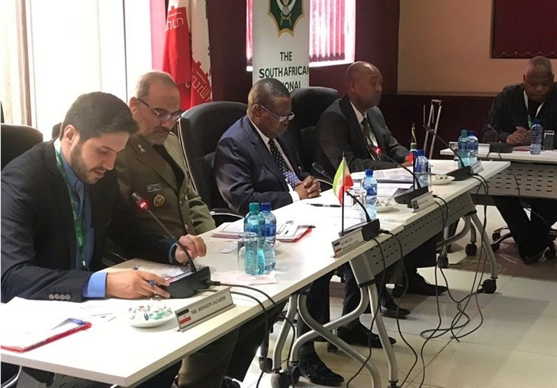 Iran, South Africa Discuss Defense Cooperation