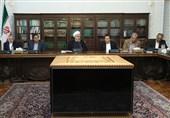 روحانی در دیدار اقتصاددانان: هیچ مشکلی در تامین کالاهای اساسی نخواهیم داشت