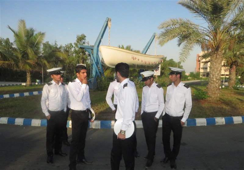 طرح ملی قطع وابستگی به دریانوردان خارجی کلید خورد