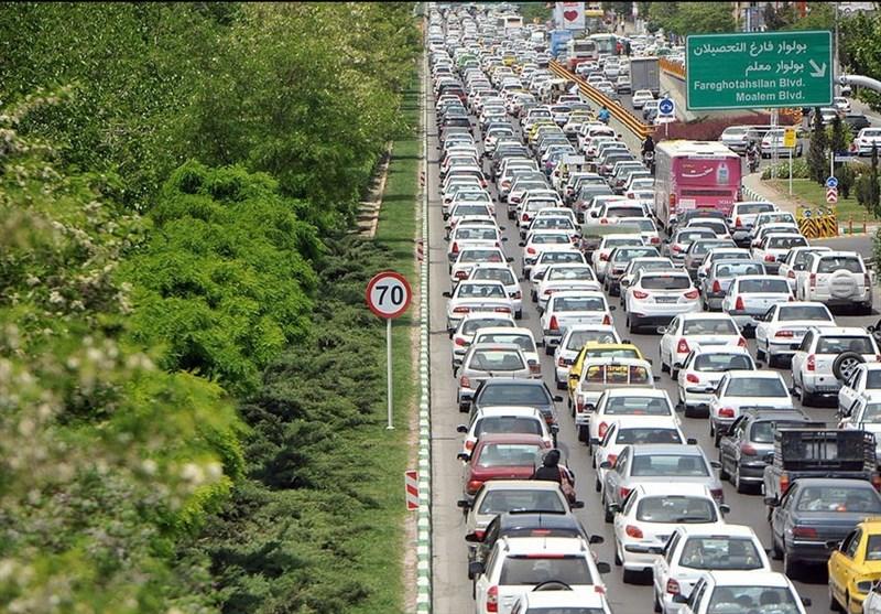مردم بیتوجه به هشدارها؛ ترافیک مسیر بهشت رضا(ع) مشهد پرحجم است