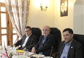 مدیرعامل بانک ملت در بازدید از شرکت تجهیزات پزشکی هلال ایران: خدمت به مردم و اقتصاد کشور و کمک به ایجاد اشتغال را وظیفه خود می دانیم