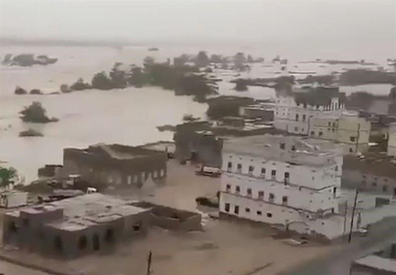 Tropical Storm Triggers Flash Floods in Eastern Yemen (+Video)