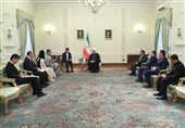 Rouhani Urges Closer Iranian, Japanese Private Sectors' Cooperation
