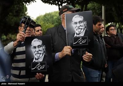 مراسم تشییع پیکر صادق عبداللهی طنزپرداز و نویسنده رادیو و تلویزیون در مسجد بلال صدا و سیما