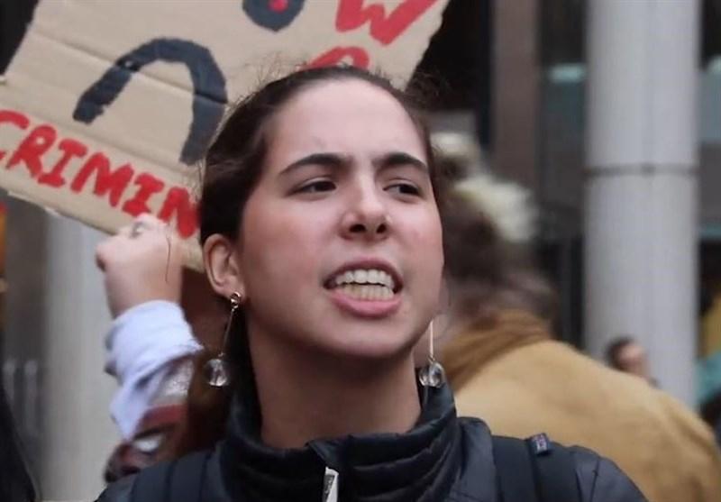 New York University Students Protest against Visit by 'War Criminal Kissinger' (+Video)