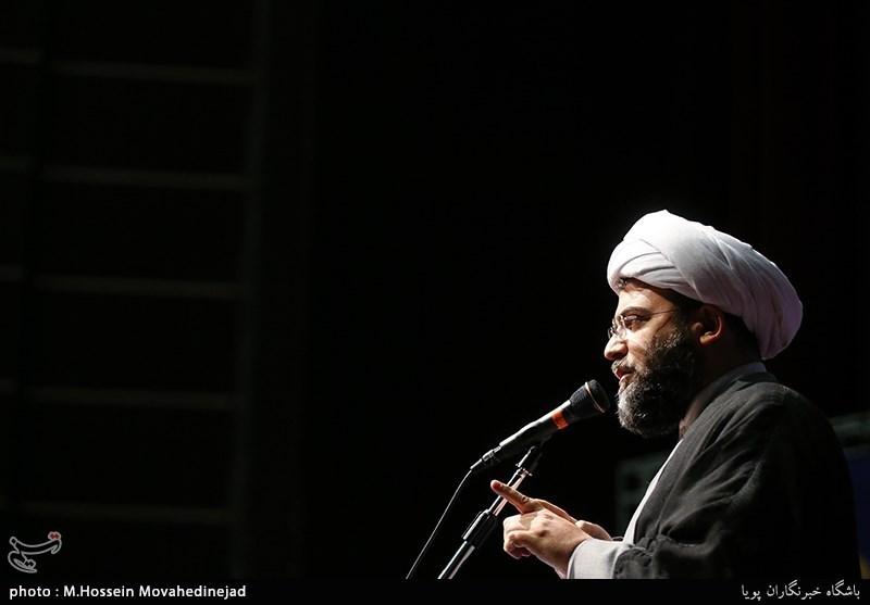 یزد | پیروزیهای گام دوم انقلاب قطعا بیشتر از گام اول است