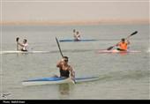مسابقات قایقرانی استان خوزستان در بندرماهشهر برگزار شد+تصاویر