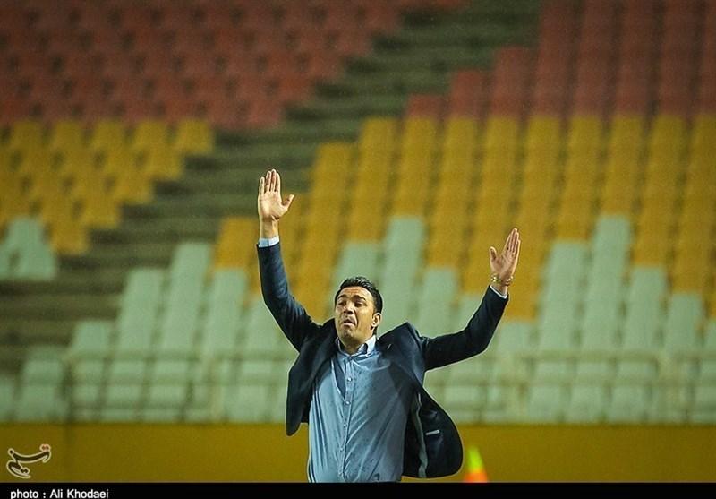 حضور نکونام در دفتر باشگاه تراکتورسازی/ مذاکرات «جردن» به مراحل نهایی رسید + عکس