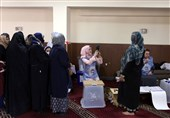 Hundreds of Afghan Polling Centers Open for Second Day of Voting
