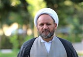 عفاف در فضای مجازی و جامعه اسلامی مورد توجه باشد
