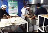 گرمی تنور مهربانی در هفته وحدت / نان صلواتی در سنندج توزیع میشود