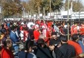 حاشیه دیدار پرسپولیس - السد  ورود اتومبیلها از ضلع شمال به جنوب ورزشگاه آزادی ممنوع شد + عکس