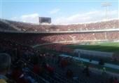 حاشیه دیدار پرسپولیس ــ السد  ظرفیت ورزشگاه آزادی تکمیل شد/ هواداران بلیتبهدست در انتظار ورود به ورزشگاه + عکس