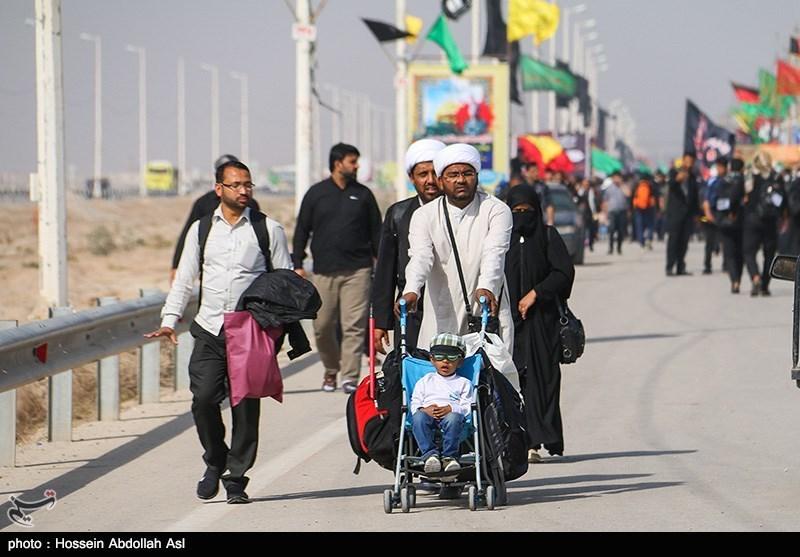 امروز ۱۲۷ هزار زائر اربعین از مرز مهران عبور کردند/۱۳ هزار زائر وارد شدند