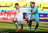 لیگ برتر فوتبال|شکست یک نیمهای ذوب آهن مقابل پیکان