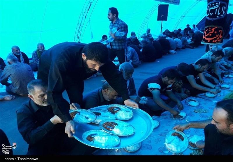 14000 نفر ظهر عاشورا در بجنورد اطعام میشوند