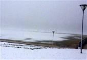 بارش نخستین برف پاییزی در گردنههای استان قزوین