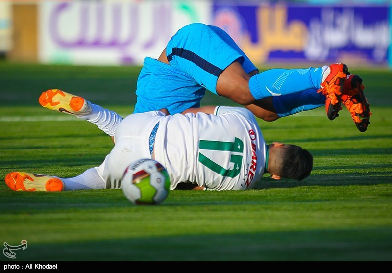 تبریز|بازیکن ذوبآهن دیدار مقابل تراکتورسازی را از دست داد