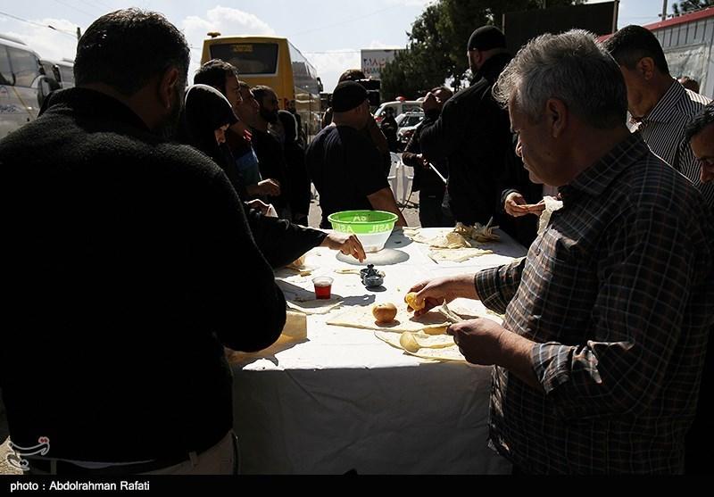 اخبار اربعین 98| آرد مورد نیاز موکبها در استان کرمانشاه و عراق تأمین شد