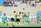 لیگ برتر فوتبال  برتری یک نیمهای نفت آبادان مقابل پارس جنوبی/ برق ورزشگاه قطع شد