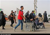 اخبار اربعین| انتقال 45 زائر بیمار از عراق به مرز مهران/ارائه خدمات به 35 هزار زائر در مرزها
