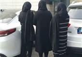 ترفند تکراری دختران جوان برای سرقت خودروهای لوکس