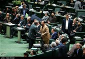 استیضاح هیچ وزیری در دستورکار مجلس نیست