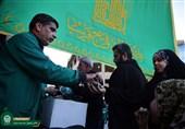 خدمت رسانی 260 خادم بارگاه منور رضوی به زائران پیاده اربعین حسینی