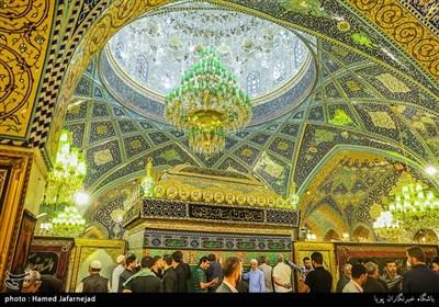 زائران حرم حضرت رقیه (س) و عزاداری شب شهادت حضرت رقیه (س) در دمشق
