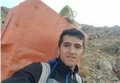 گفتوگوی «تسنیم» با قهرمان دوومیدانی ایران که «کولبری» میکند