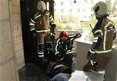 سقوط گاوصندوق 200 کیلویی بر روی مرد جوان + تصاویر