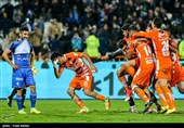 Esteghlal Knocked Out of Iran's Hazfi Cup