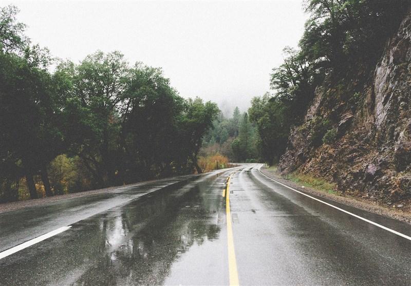 هواشناسی امروز 97/08/13 |بارش باران و آبگرفتگی معابر در 14 استان کشور