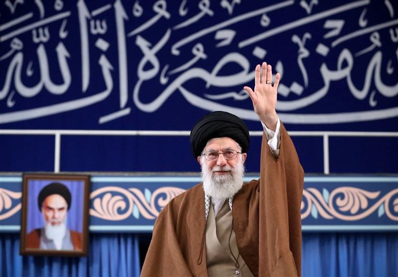 امام خامنهای: برخی سران آمریکا احمقهای درجه یکی هستند/ مقابل یاوهگویی آنها شجاعت داشته باشید