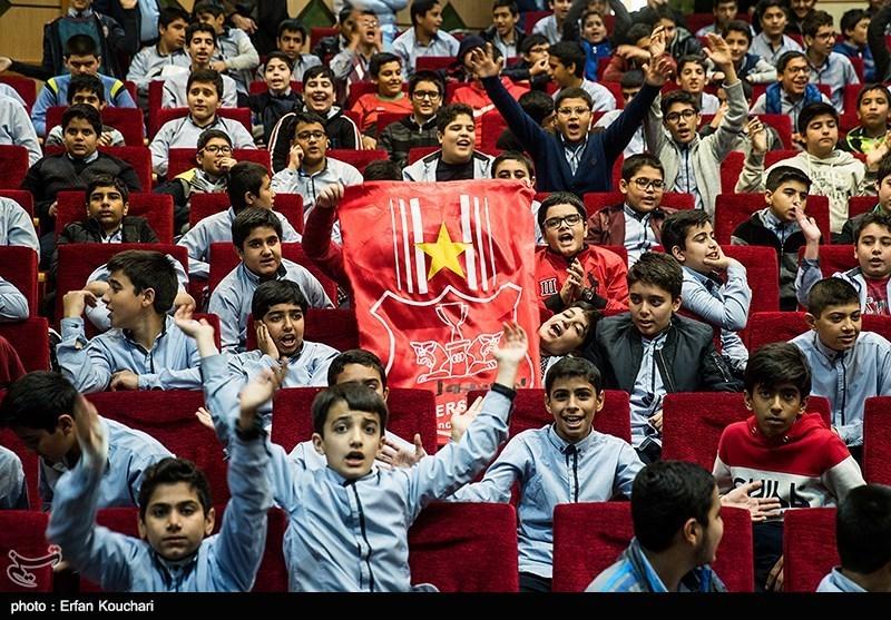 بازتاب پخش بازی پرسپولیس و کاشیما آنتلرز در مدارس ایران در رسانه ژاپنی + عکس