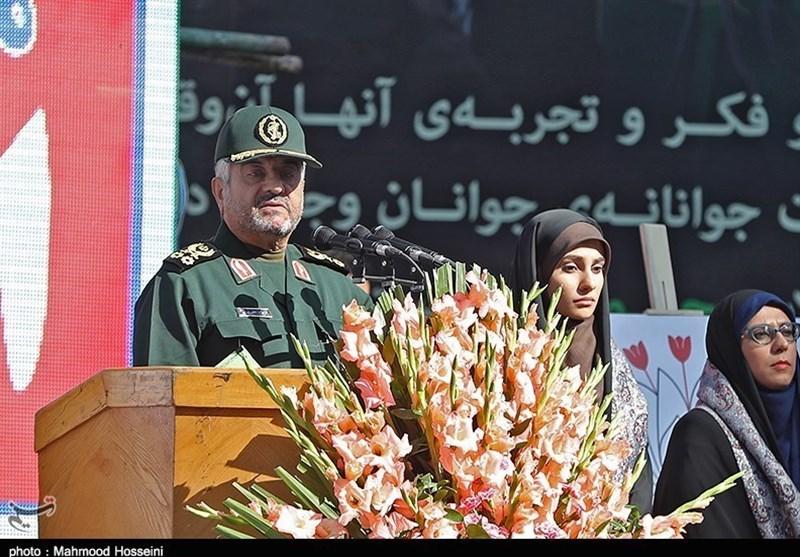 فرمانده سپاه: سفارت آمریکا باقی میماند، انقلاب هرگز 40 ساله نمیشد
