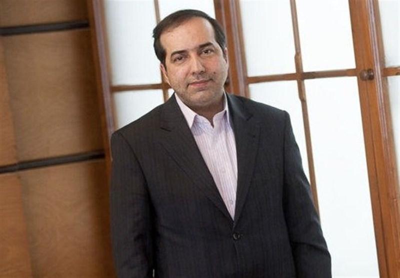 بازدید حسین انتظامی از جشنواره جهانی فیلم فجر