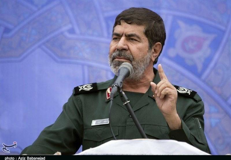 سردار شریف: رزمندگان مقاومت انتقام سردار سلیمانی را خواهند گرفت / سپاه اجازه کوچکترین تهدیدی را به دشمن نمیدهد