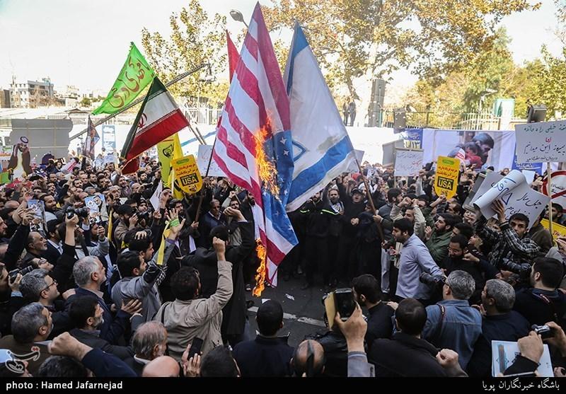 مردم در 13 آبان به نیرنگهای 40 ساله آمریکا علیه ملت ایران مرگ گفتند