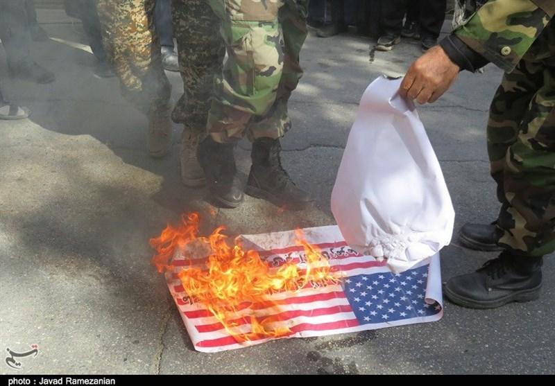 13 آبان نقطه عطف ستیز ملت ایران با استکبار آمریکایی است