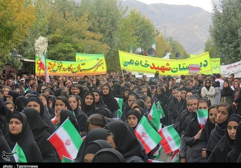 کرمانشاه| مسئولان نباید دلخوش به مذاکره با آمریکا و همپیمانانش شوند