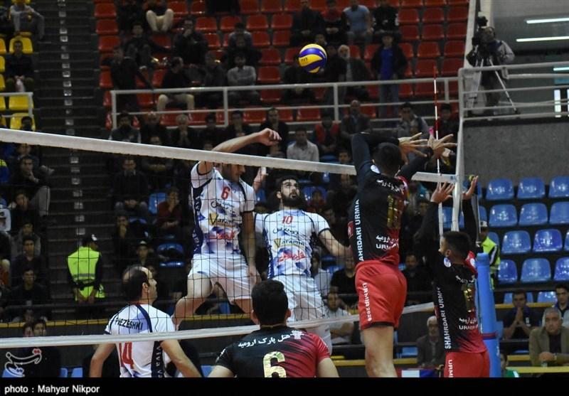 بازی تیم والیبال شهرداری ارومیه و شهرداری ورامین به روایت تصویر
