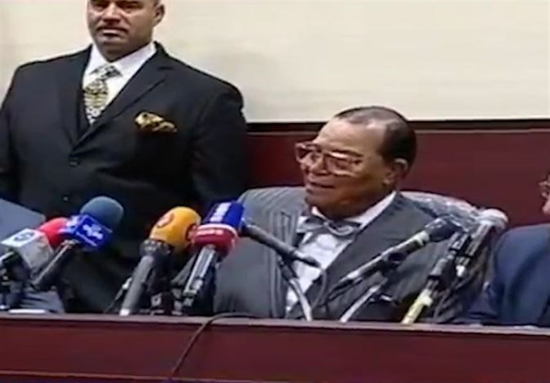 Louis Farrakhan Leads 'Death to America' Slogan in Iran (+Video)