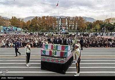 مراسم تشییع و تدفین ۳ شهید گمنام در ستاد ناجا