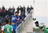 لیگ برتر فوتبال| تساوی استقلال و ماشینسازی در نیمه اول
