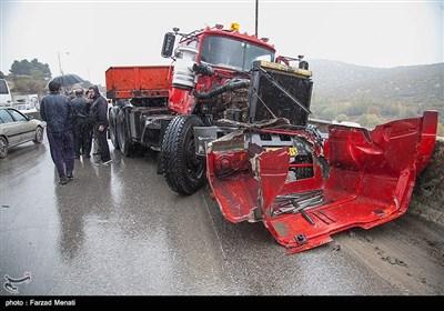 تصادف زنجیره ای در محور کرمانشاه به اسلام آباد غرب