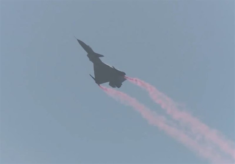 China Puts J-10B Fighter Jets to Show at 12th Int'l Aviation & Aerospace Exhibition