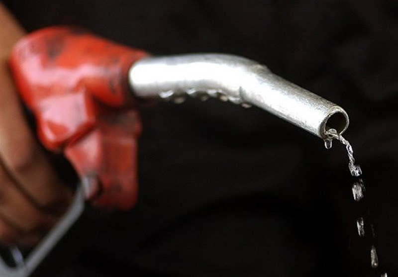 اقدام جدید دولت برای بنزین / اتصال کارت بانکی به کارت سوخت